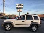 2005 JEEP LIBERTY  4D SUV 4WD  3.7L V6 MPI WHITE IN COLOR 112653 MILES AUTOMATIC LOCATED AT RAINBOW MOTORS INC 937 E STONE DR KINGSPORT TN 37660 423-288-5827 RAINBOWMOTORSINC.COM